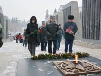 В Республике Алтай почтили память Неизвестного солдата