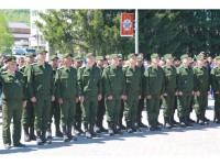 Глава региона дал наказ призывникам служить честно и добросовестно